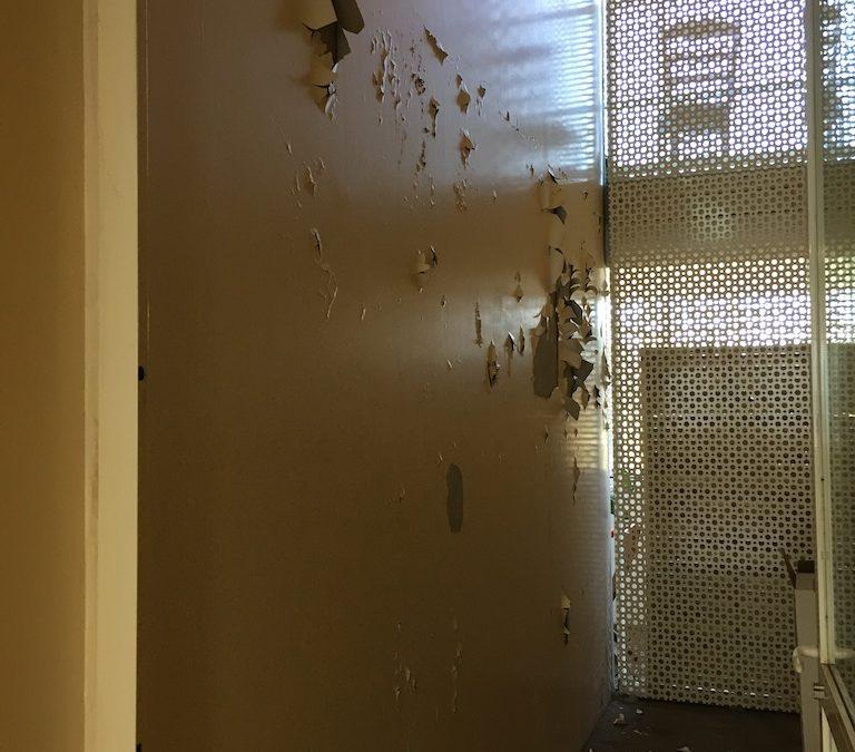 [RESIDENCE] Réparation de 2 murs d'un couloir suite à malfaçons