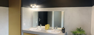 [SADIRAC] Une salle de bain noir & or